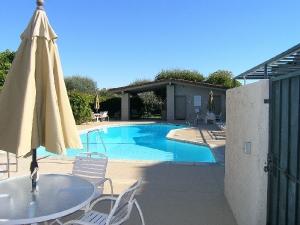 pool2_med