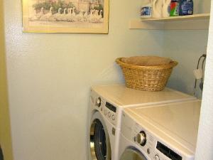 laundry_1_med
