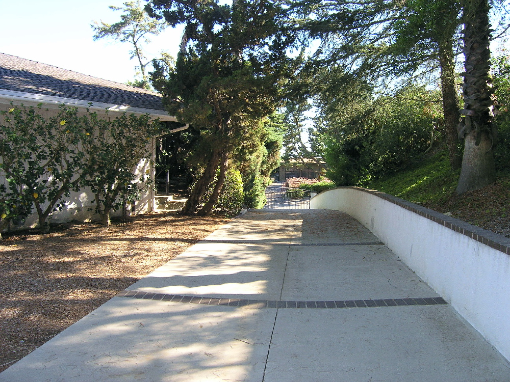 driveway_1_med